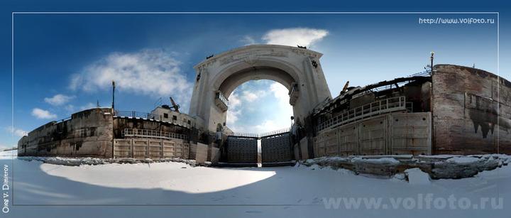 Зимняя панорама первого шлюза