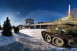 Т-34 у входа в музей-панораму