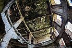 Поврежденные перекрытия второго этажа