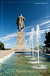 памятник Ленину у Волго-Донского канала фото