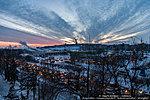 Красочный закат над Мамаевым курганом
