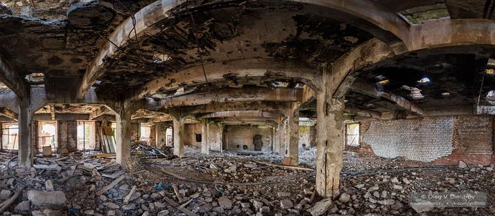 На первом этаже мельницы