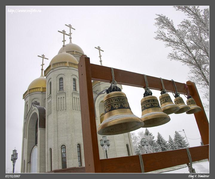 Звонница храма Всех Святых фото