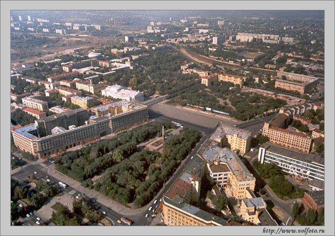 Площадь Павших борцов фото