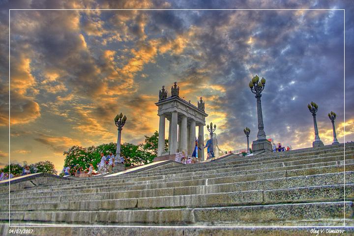 Центральная лестница набережной фото